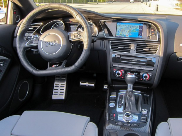 2014_audi_rs5_cabriolet_review_9