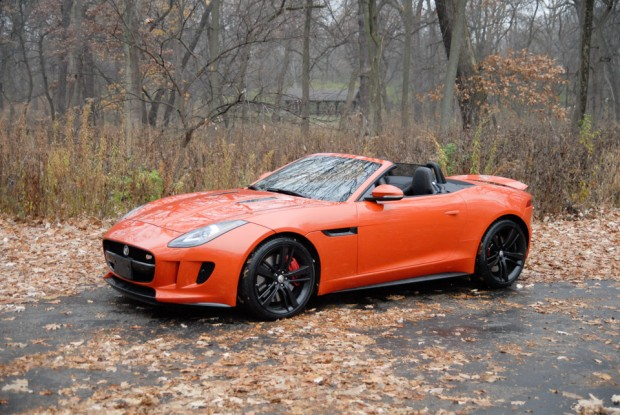 2014_jaguar_f_type-3