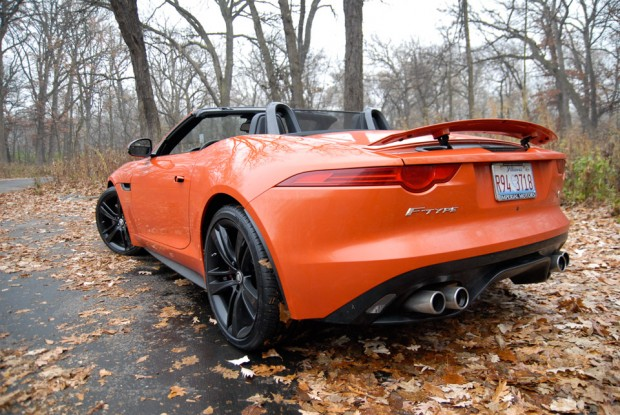 2014_jaguar_f_type-6