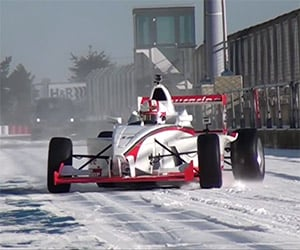 Driving the Nürburgring on Snow, in a Formula 1 Car