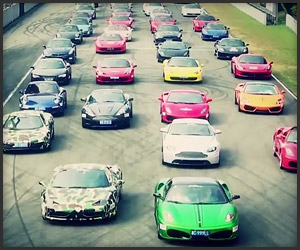 Hundreds of Supercars Gather in China