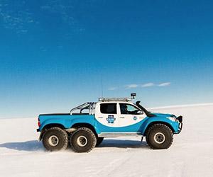 Arctic Trucks Custom Toyota Hilux 6×6