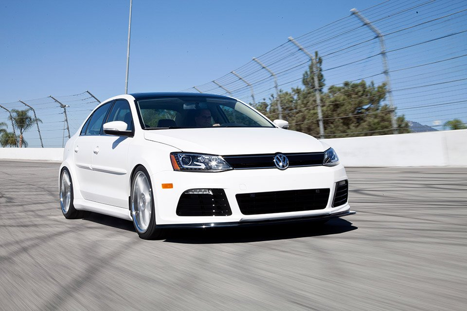 Volkswagen Racer's Dream B&W Jetta at SEMA