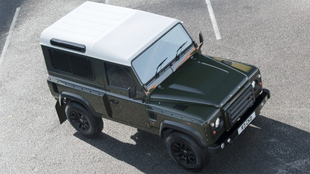 a_kahn_land_rover_defender_1