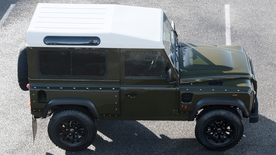 Land Rover Defender 2.2 TDCI by A. Kahn Design