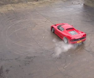 Ferrari F50 Slow-Motion