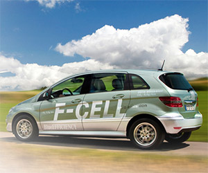 Mercedes Plans Production Fuel Cell Vehicle by 2017