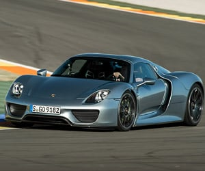Porsche 918 Spyder Hits the Track