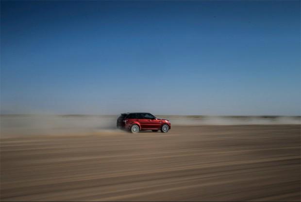 range_rover_sport_empty_quarter_3