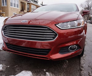 2014 Ford Fusion Energi SE Plug-in Hybrid Review