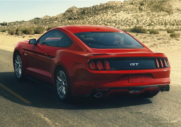 2015_ford_mustang_gt_auction_1