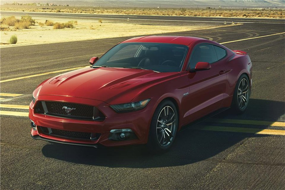 First 2015 Ford Mustang GT Raises $300K for Charity