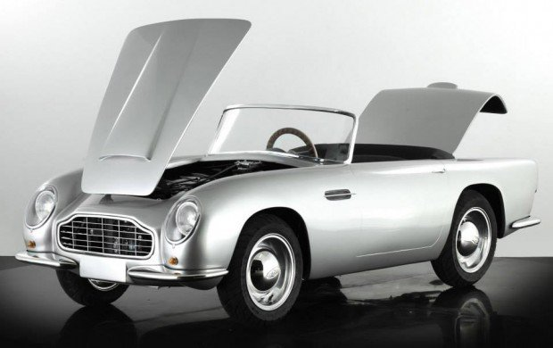 aston_martin_db_convertible_junior_3