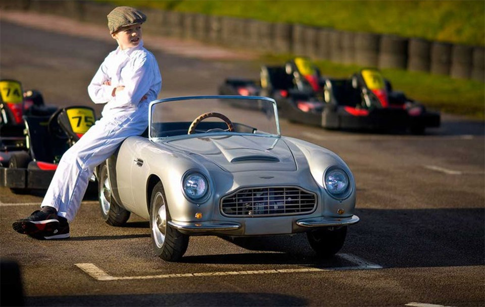 Aston Martin DB Convertible: Junior Edition