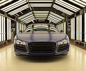 Building the Audi R8 V10 Plus