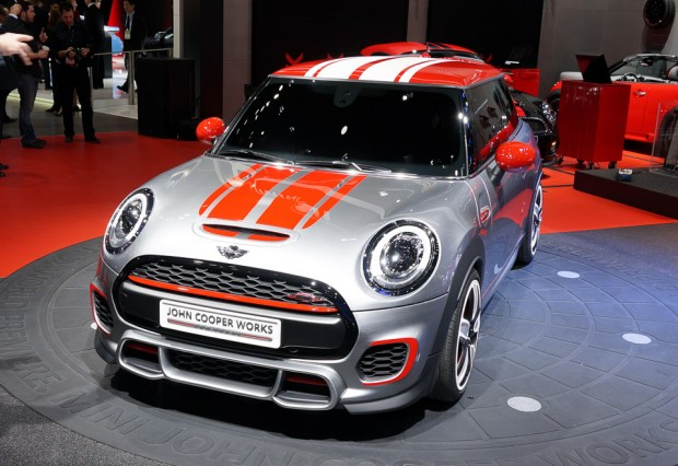 mini_jcw_cooper_reveal_naias_1