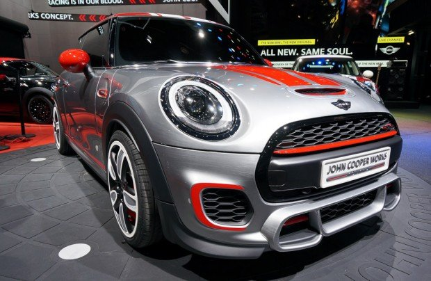 mini_jcw_cooper_reveal_naias_3