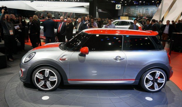 mini_jcw_cooper_reveal_naias_5