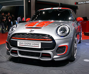 MINI John Cooper Works Concept Ready to Roll