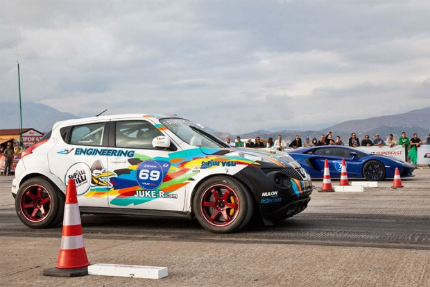 nissan_juke_drag_race_2