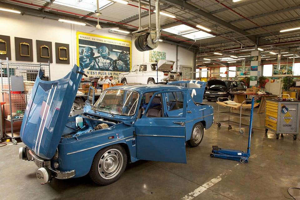 Renault Celebrates 50 Years of the Renault 8 Gordini