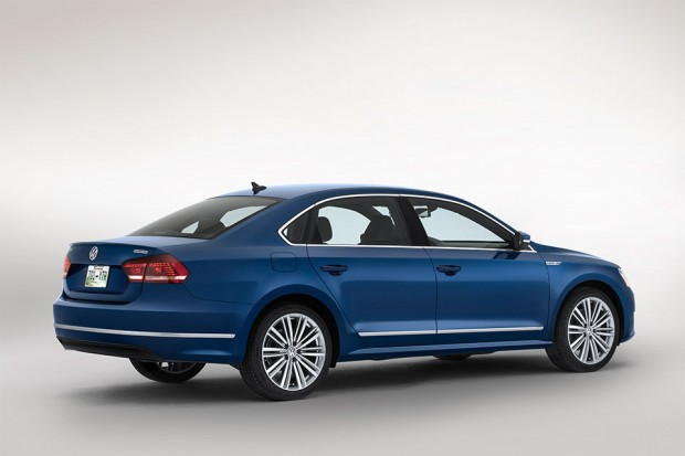 vw_passat_bluemotion_concept_preview_1