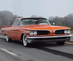 A Ride in the 1959 Pontiac Bonneville