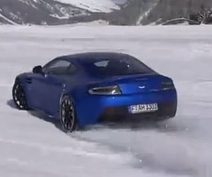 Aston Martin V12 Vantage Goes Ice Drifting