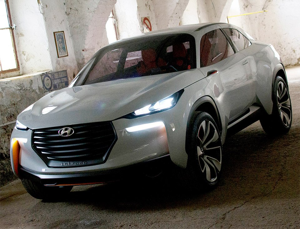 Hyundai Intrado Crossover Concept Previewed