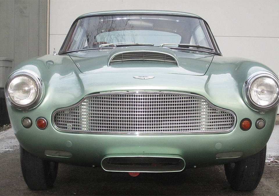 Be James Bond Minus 1 with This 1961 Aston DB4
