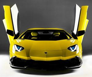 Inside the Lamborghini Aventador LP 720-4