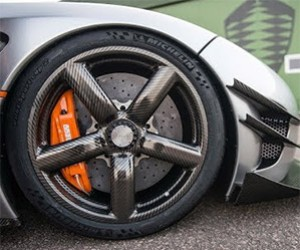 The Koenigsegg One:1's Carbon Fiber Wheels