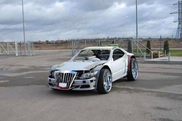 mercedes_sportscar_expanding_foam_lithuania_1