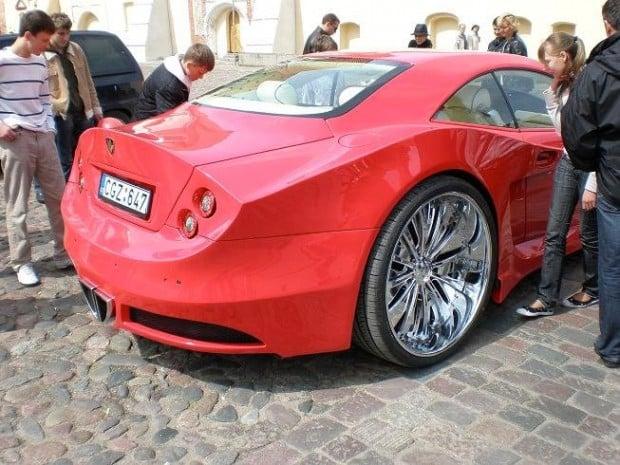 mercedes_sportscar_expanding_foam_lithuania_14