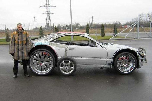 mercedes_sportscar_expanding_foam_lithuania_2