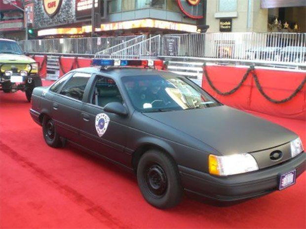 1988 Robocop Ford Taurus: I'd Buy That for a Dollar