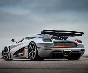 A Look at the Koenigsegg One:1's Active Rear Wing