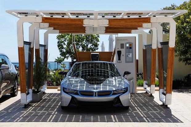 bmw_solar_carport_concept_2