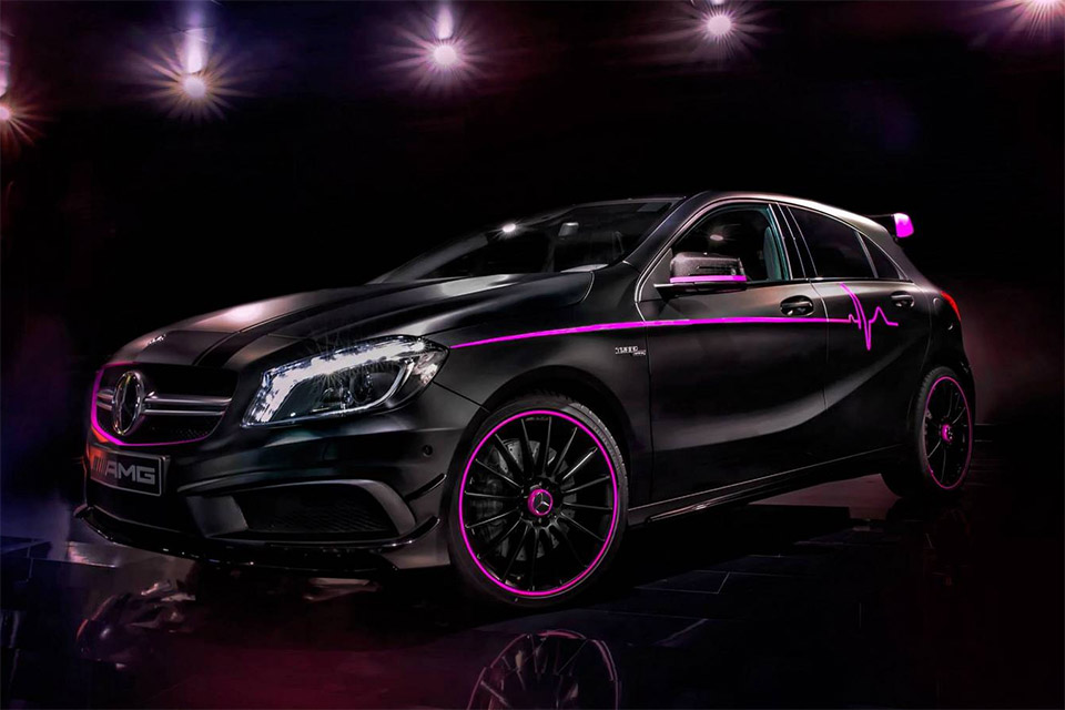 Mercedes-Benz A 45 AMG Performance Studio