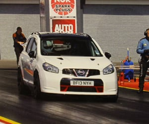 Nissan Qashqai R Could Drag Race a Bugatti Veyron