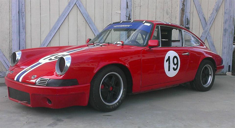 Paul Newman's 1969 Porsche 911 up for Auction