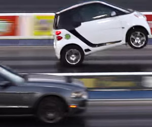 Smart Car Drag Races a Shelby GT500 Mustang