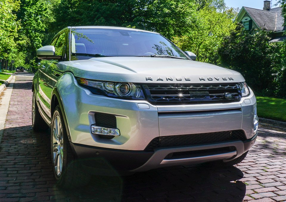 review 2014 land rover range rover evoque 95 octane. Black Bedroom Furniture Sets. Home Design Ideas