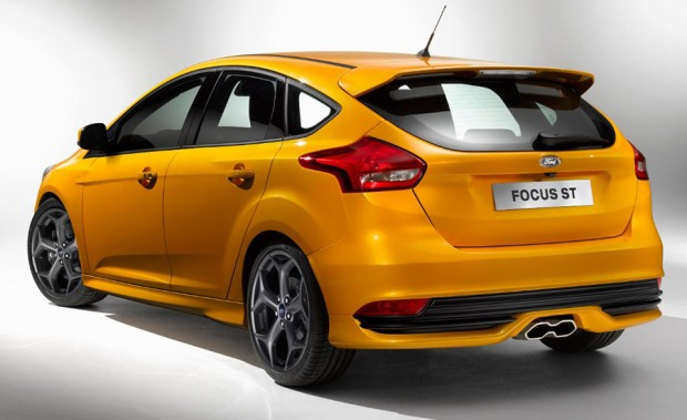 2015_ford_focus_st_1