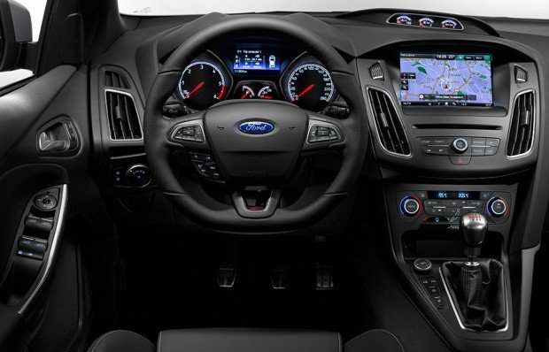 2015_ford_focus_st_3