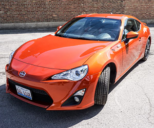 Review: 2014 Scion FR-S