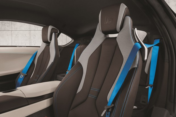 bmw_i8_concours_delegance_edition_auction_1