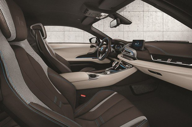 bmw_i8_concours_delegance_edition_auction_2
