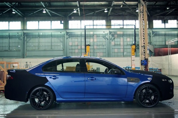 ford_falcon_xr8_teaser_1