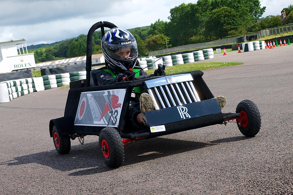 School Children Help Rolls-Royce Design Electric Racer
